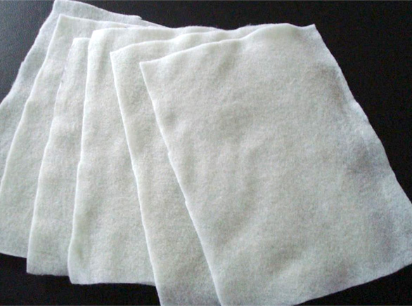 短纤针刺土工布